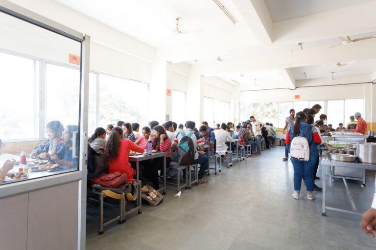 Canteen-Indus-University-1-768x512