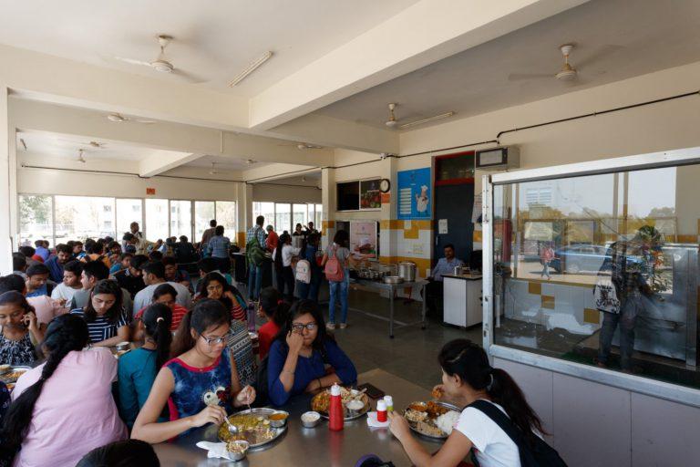Canteen-Indus-University-2-768x512