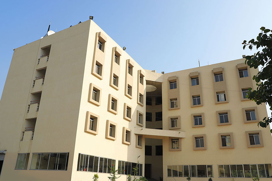 boys-hostel-indus