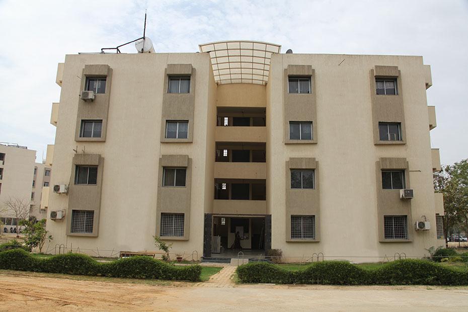girls-hostel-indus